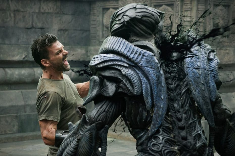 Beyond Skyline 2017 starring Frank Grillo